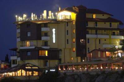 - хотел Парнас нощна